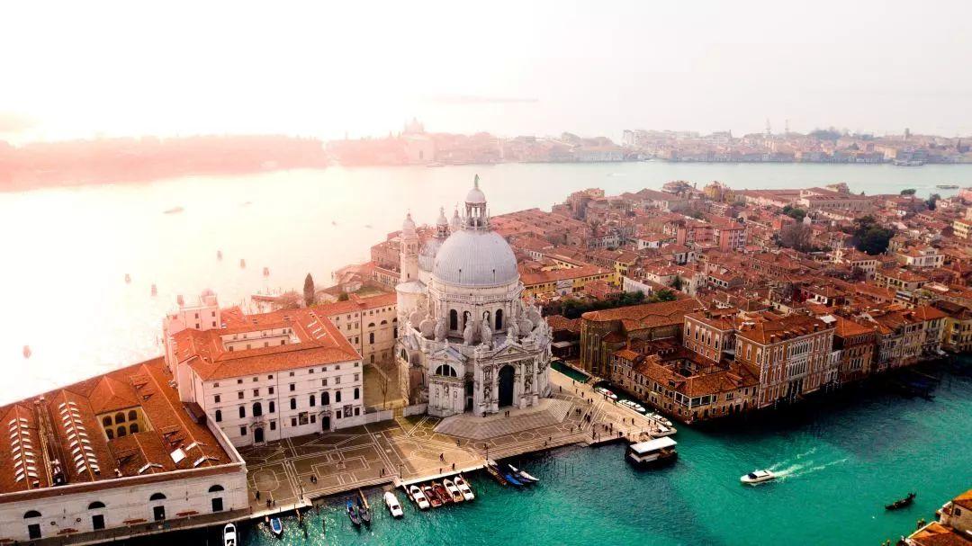 哎哟,去一趟意大利就感觉人生已经到达了巅峰!?
